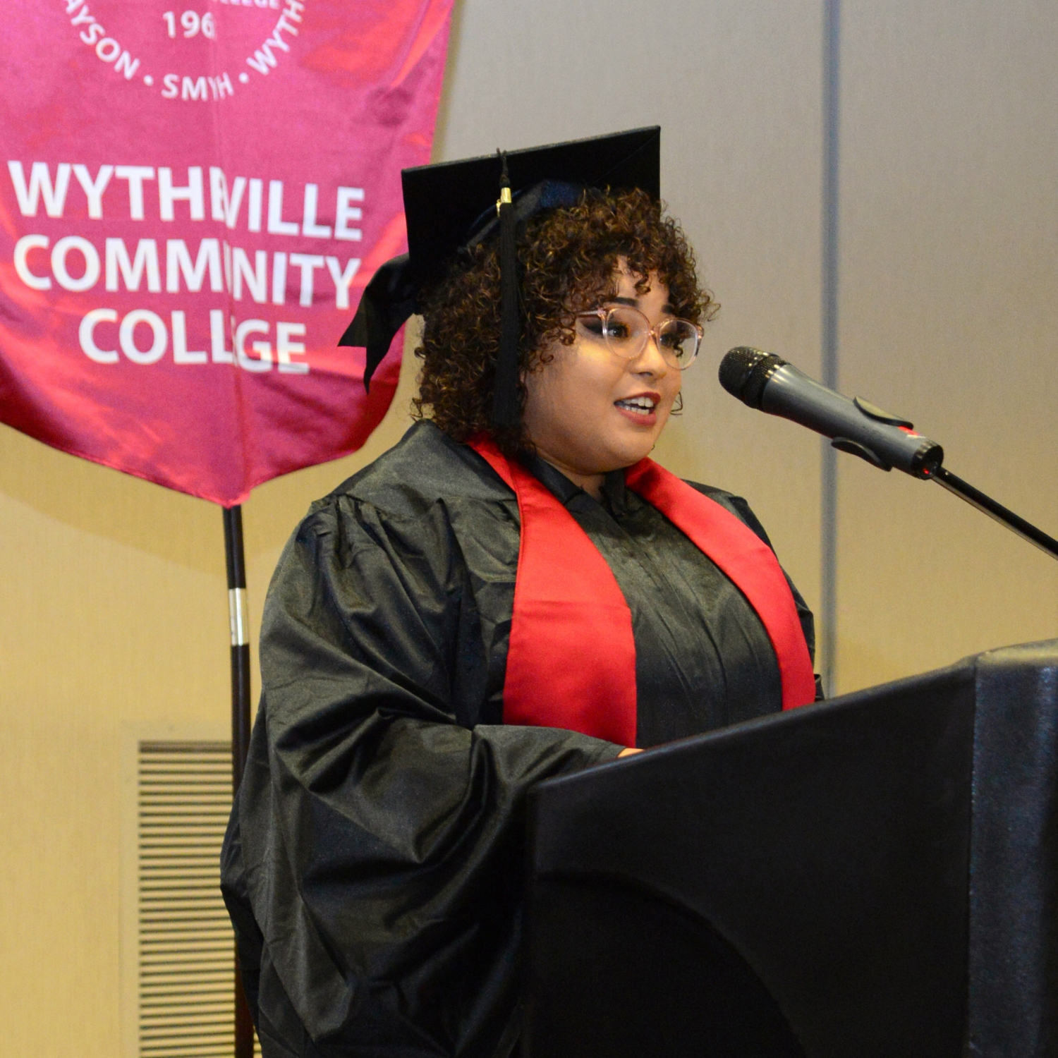 Savanah Taylor delivering speech at WCC's Commencement
