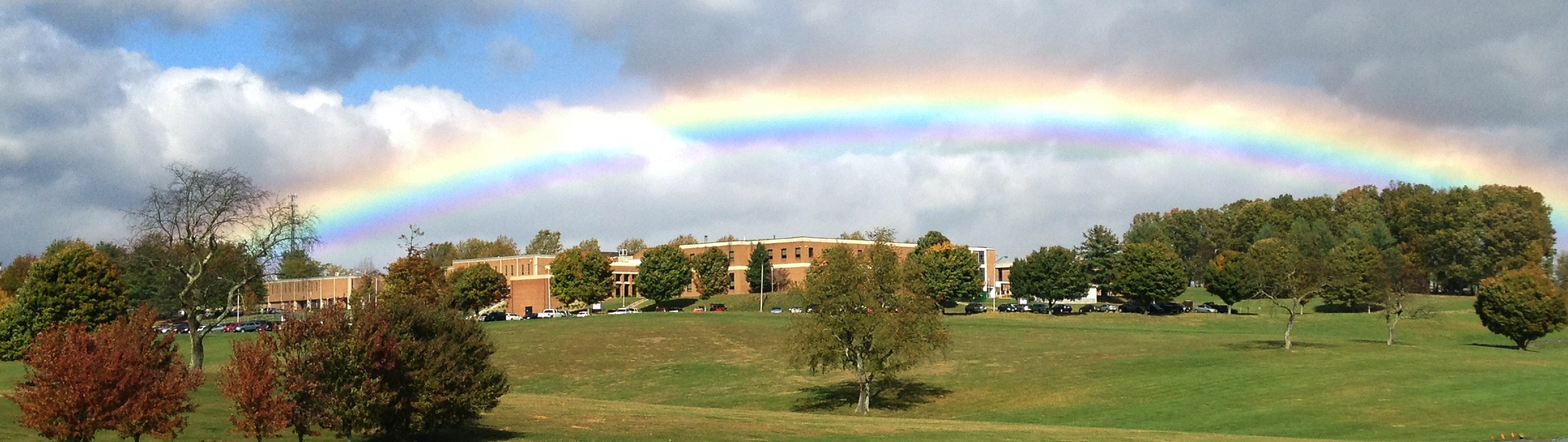 Photo of a rainbow over the Wytheville Campus