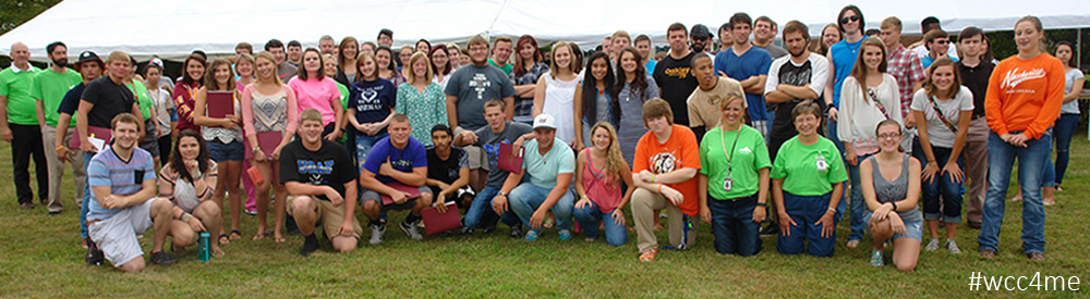 Group of Students posed for a group picture